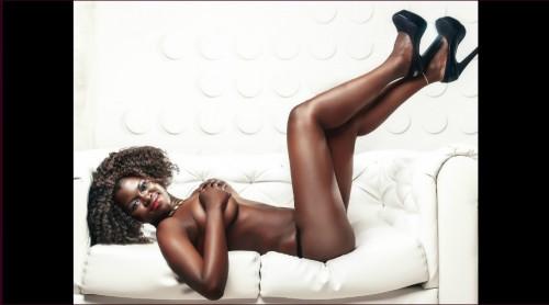 Ebony babe AishaDolly