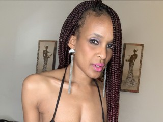 Ebony hottie Rickiredbone