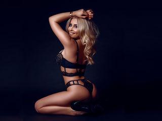 Black hottie YaniraLove