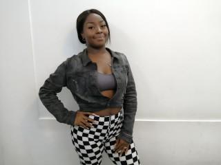 Ebony hottie CholeFox