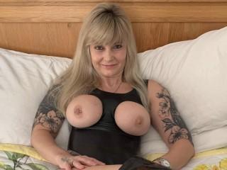 Latina babe Hot_gilf_kat
